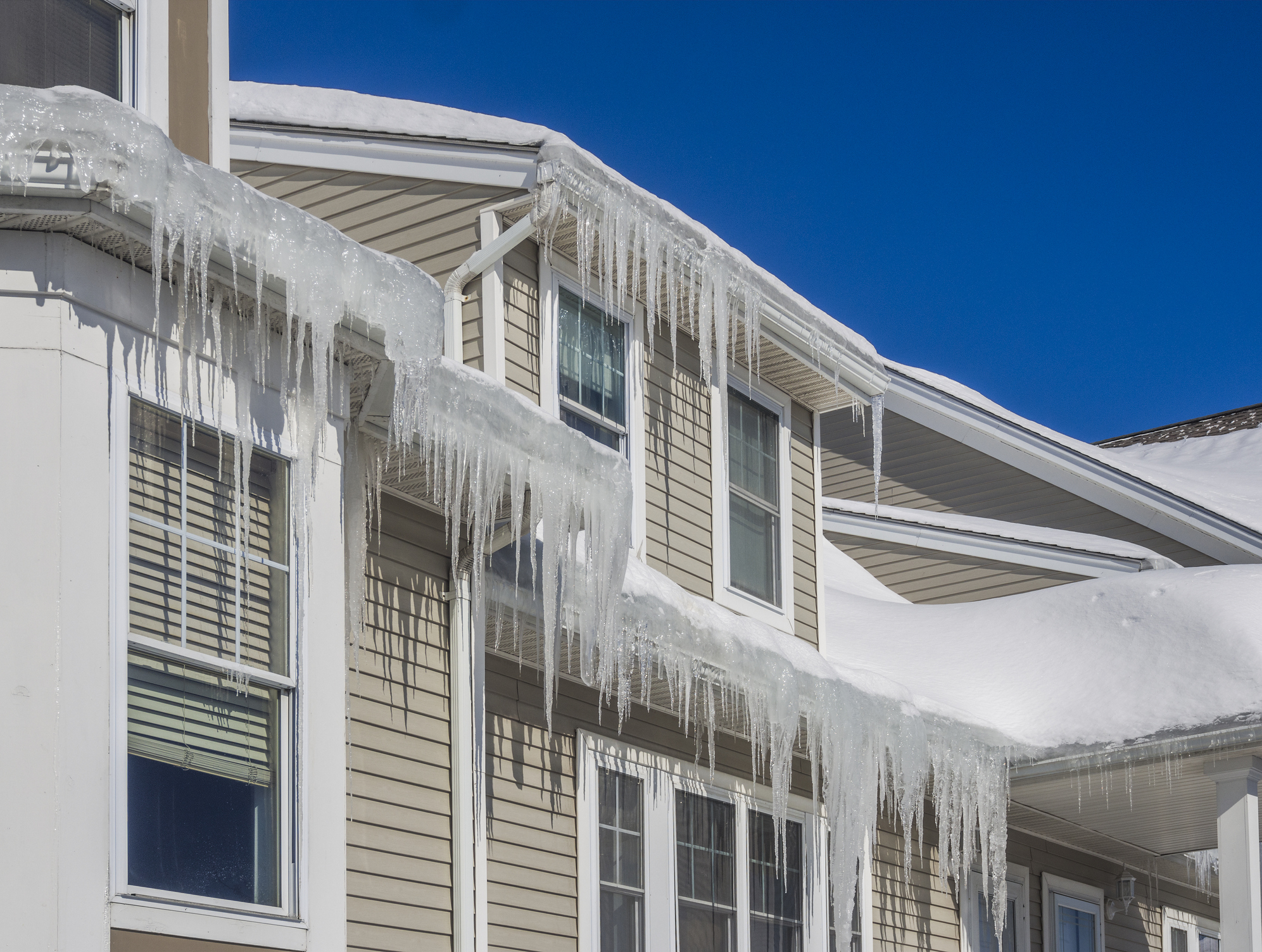 Warning: Ice Dams on Your Roof